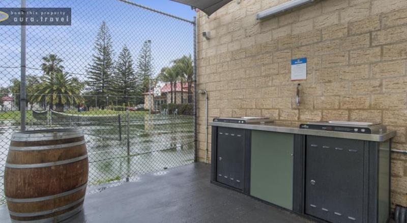 Discovery Holiday Parks - Koombana Bay - Cabins for rent in