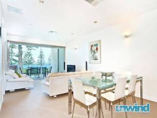 Breeze Beachfront Apartment no 9