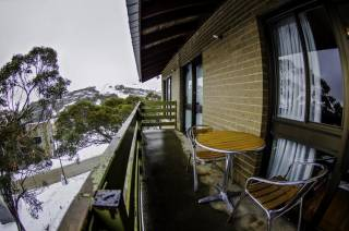 Alpine Retreat Mt Buller - Alpine Room with Balcony