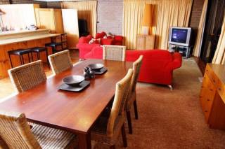 Alpine Retreat Mt Buller - Chamois Apartment