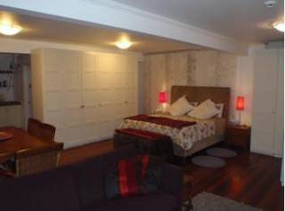 Fremantle B&B - Down Under Suite