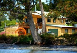 Burilda Waters Holiday House