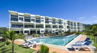 Beachside Magnetic Harbour Apartments - 2 Bedroom Ocean View