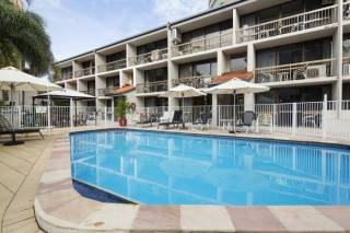 Burleigh Palms Holiday Apartments