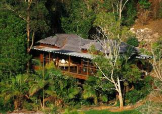 Amazing Wollumbin Palms Retreat at Mt Warning