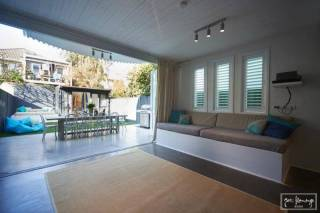 Ruby's Flamingo@ Bondi Beach, sleeps 12 adults (and up to 4 additional children)