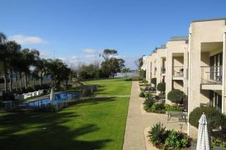Elsinor Townhouse 3 on Lake Mulwala