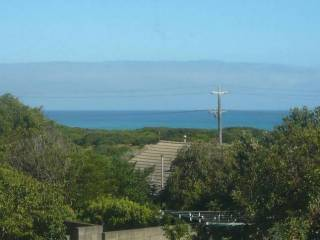 Ocean Breeze - very affordable holiday house with Wonderful Sea Views