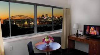 The Macleay Serviced Apartments/Hotel