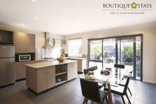Boutique Stays - Roxys Place