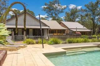 Dalwood Country House - Has It All