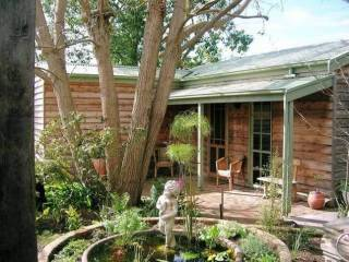 Rosebank Studio Bed and Breakfast