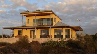 Dolphin - Harbor Point - Venus Bay - New Eco Pet Friendly Holiday House