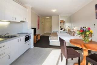 Margarets Beach Resort - Studio Apartment