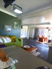 ArtHOUSE Beachfront Accommodation