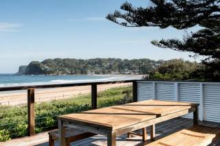 Beachfront Beauty @ Avoca (North)