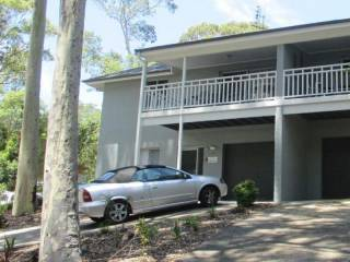Blackbutt - Deluxe Family Townhouse #100