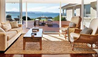 Escape@Culburra Absolute- beach frontage -luxury home