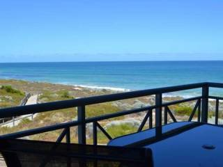 Caravel Beach House Mandurah