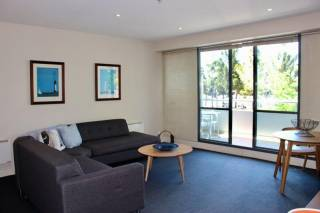 Geelong Bay Escapes - The Waterfront Apartments -  Parkview Deluxe