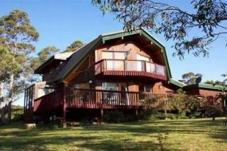 Sublime Cedar Lodge Leura