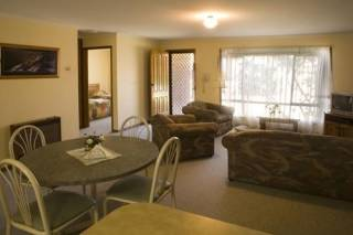 Murrayland Holiday Apartments - 2 Bedroom Apartment